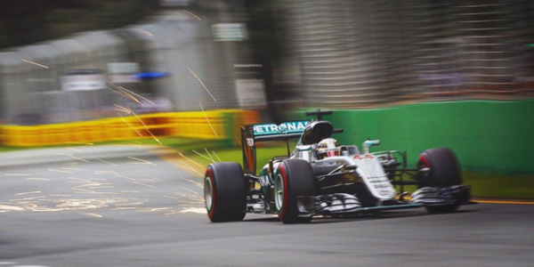 ��̻ع� F1���¶��Ҷ�������˼������