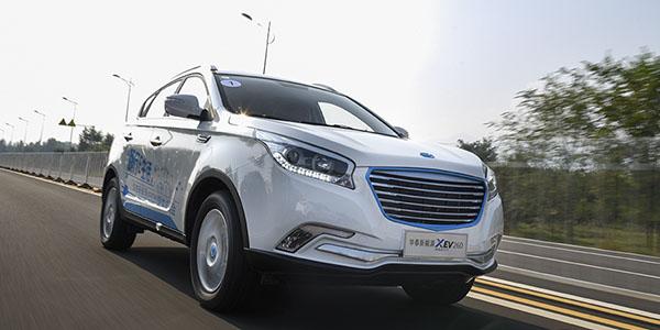 优等新生 爱卡试驾华泰XEV260纯电动SUV