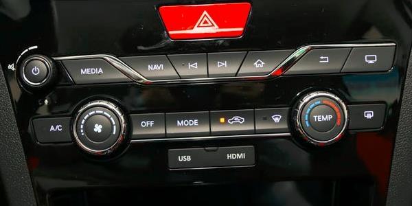 开空调or开窗,哪个更省油?