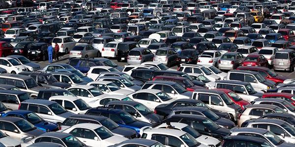 人生第一辆车,你会买新车还是二手车?