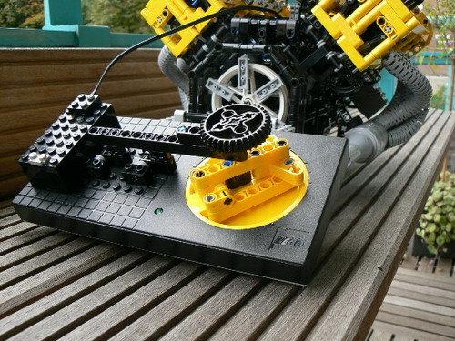 不只有积木汽车 乐高可运转v8引擎亮相