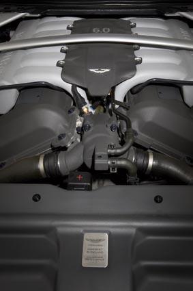 阿斯顿-马丁DB9发动机图片