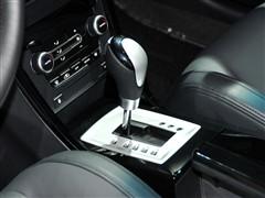 mg 上海汽车 mg6 2011款 三厢 1.8t 自动豪华版