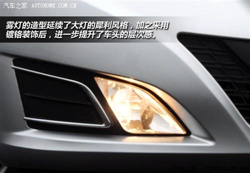 北京汽车 北京汽车 北京汽车e系列 2012款 1.5l 乐尚手动版