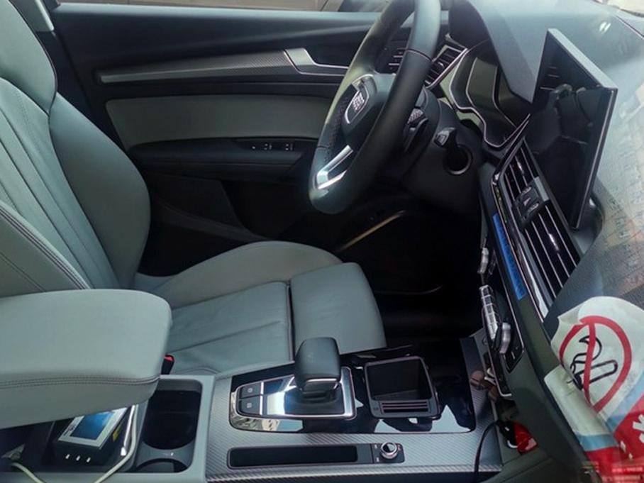 新款国产奥迪Q5L实车图 搭2.0T 12V轻混