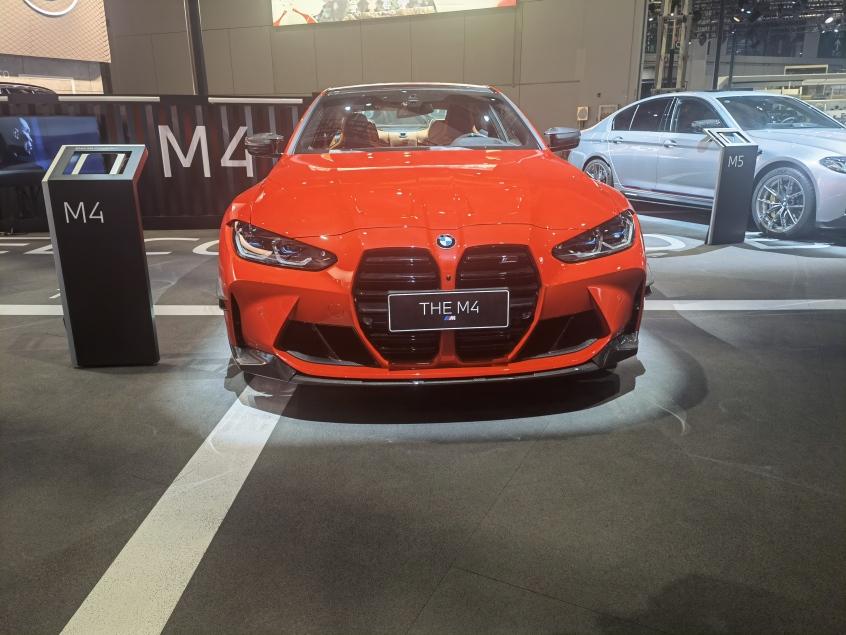 全新M4双门轿跑车
